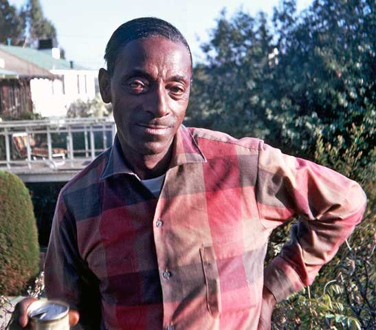 Mississippi Fred McDowell  Berkeley, California - David Vandre - 1968